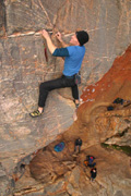 Jono Schimdt leading one of the most popular sport routes in Vic - Weaveworld grade 23
