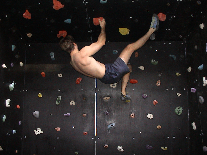 building a home climbing wall me stuffing around on the cave roof click to enlarge - Home Climbing Wall Designs
